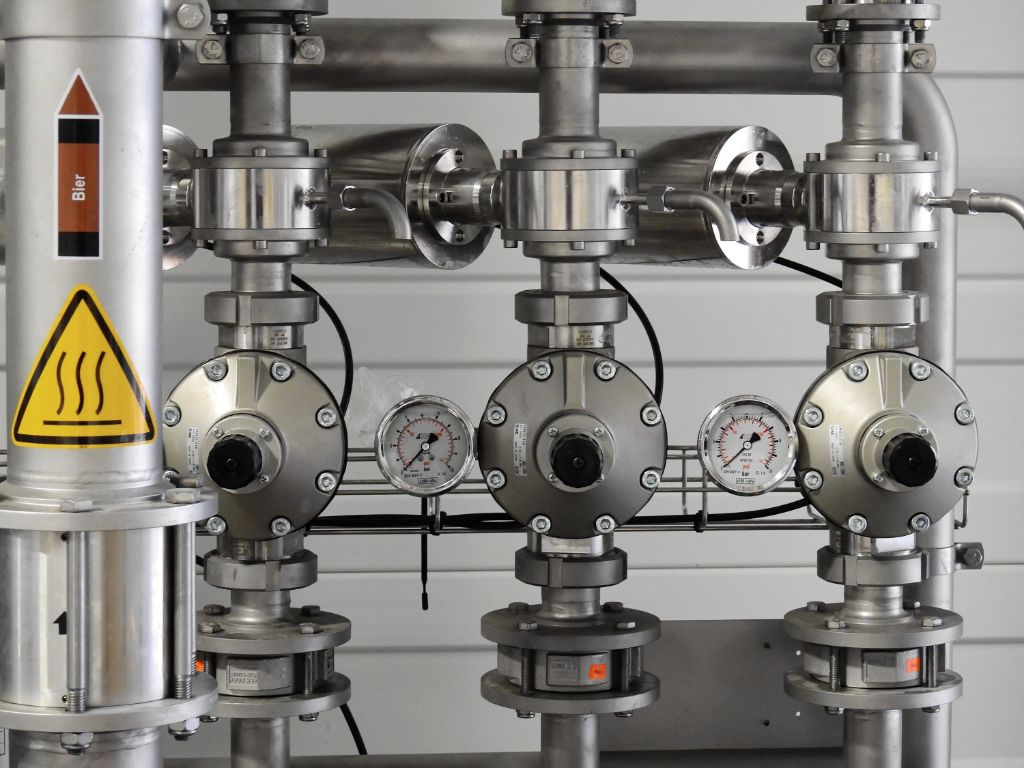 Cleaning Protocols For Industrial Equipment Involved In Oxygen Service